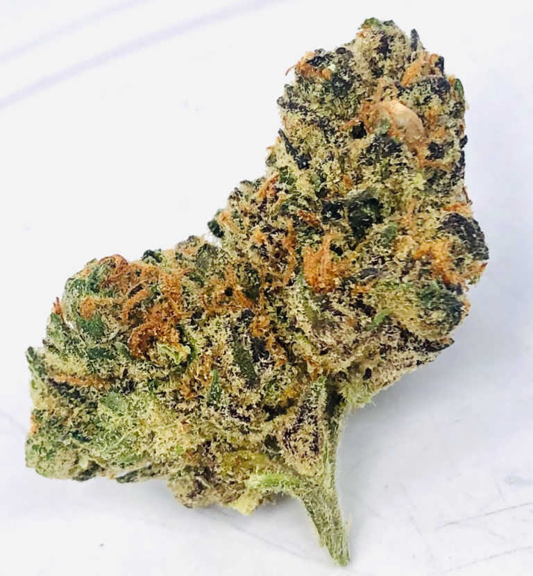 bud of sonny g a sativa dom hybrid known to relieve headaches